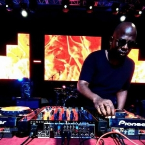 Dj Maphorisa - Asambeni ft Busiswa